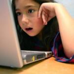 Родители позволяют детям пользоваться интернетом с трехлетнего возраста