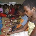 Неполноценное питание ежегодно убивает более трех миллионов детей в мире