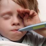 Судороги младенцев, вызванные высокой температурой, можно понизить при помощи обычных препаратов