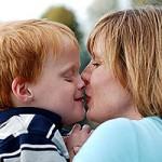 Аутичные дети, возможно, не любят слышать голоса