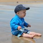 Как подготовить малыша к морю?