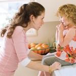 8 Ошибок воспитания, которые совершают родители, и как их исправить