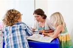 Детские книжки помогают молодым мамам