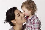 Трехлетний детский возраст является пиковым для счастья матерей
