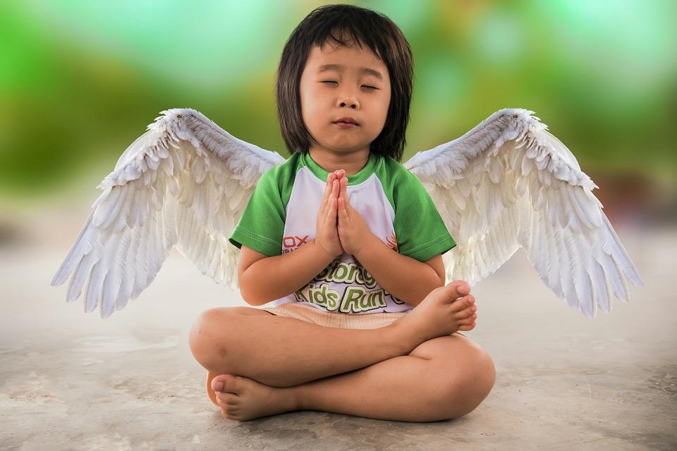 little-girl-3043751_960_720